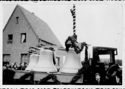 sylbach-glocken-wagen-dekoriert