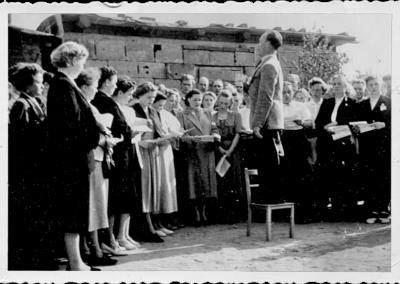 sylbach-kirche-grundsteinlegung-gottesdienst-chor