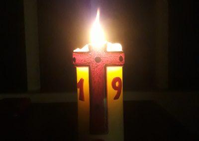 Sylbach Kirche Zeichen der Hoffnung Corona 18 hoch