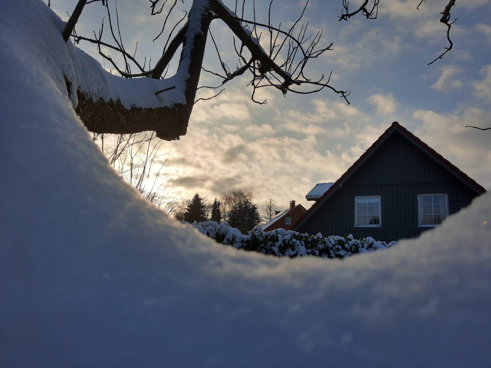 Kirche Sylbach Winter Felix Falke