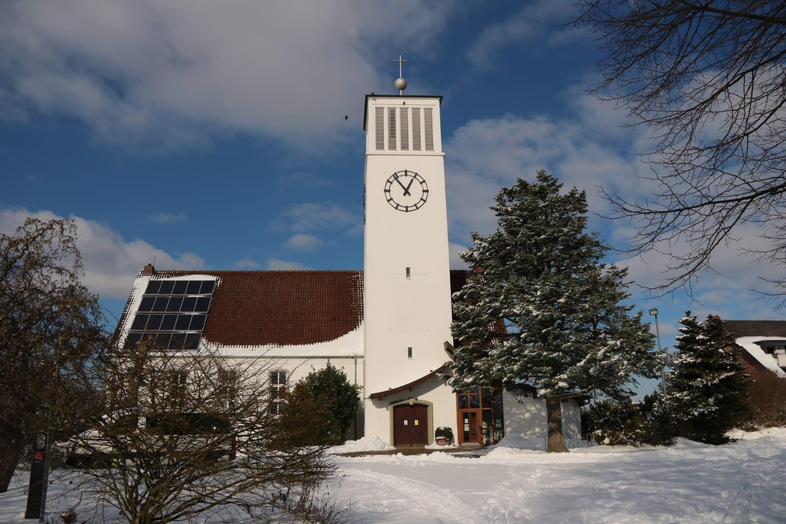 Kirche Sylbach Winter Martina Eikermann 6