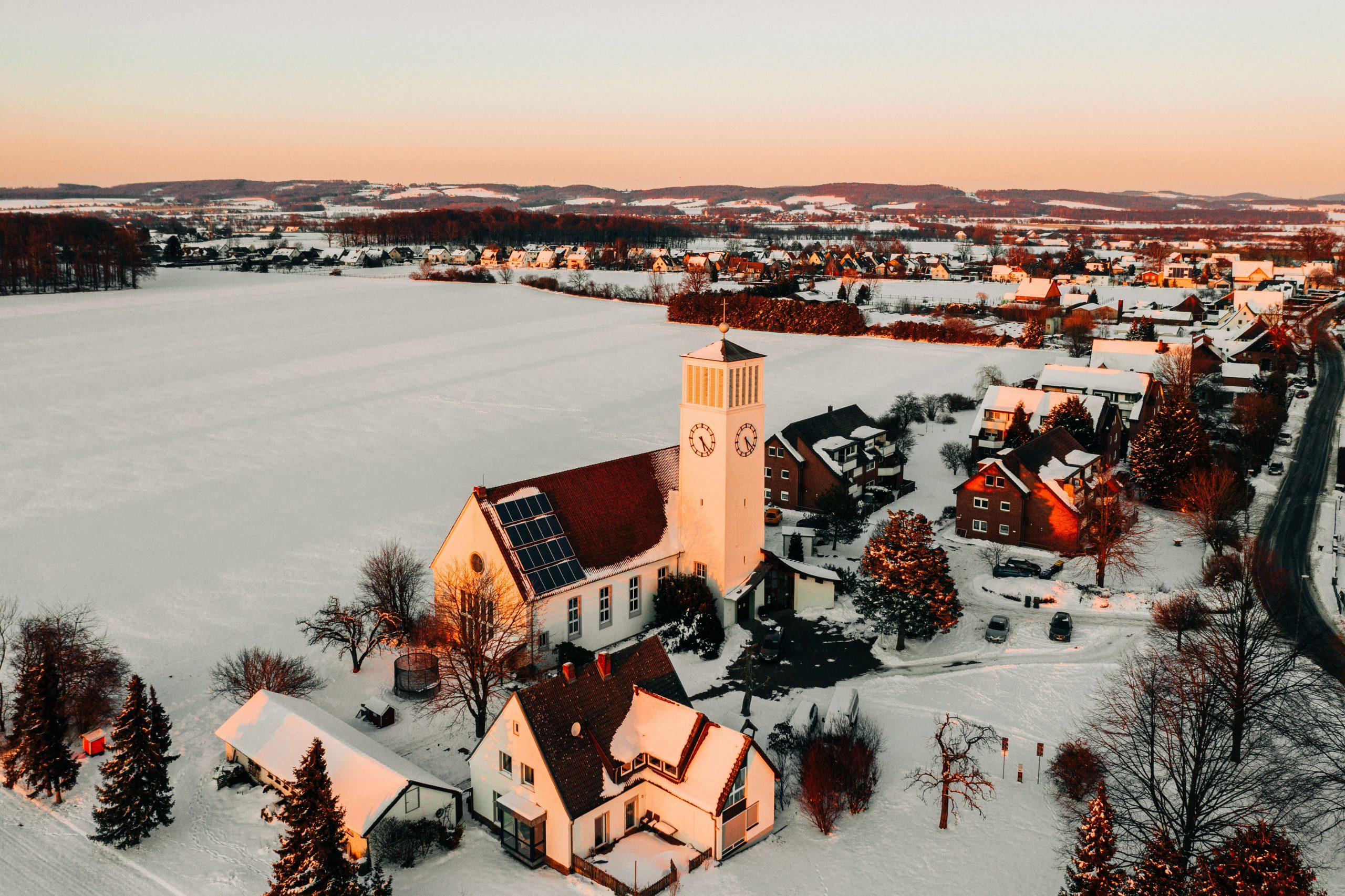 Kirche Sylbach von oben Matthias Ingram 3
