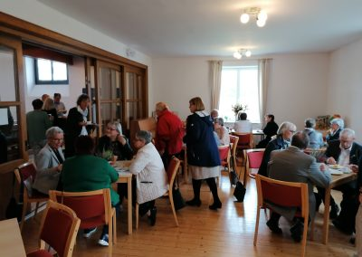Kirche Sylbach Jubelkonfirmation I 2021 Kaffeetrinken 2