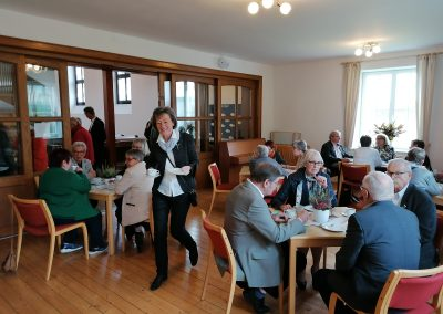 Kirche Sylbach Jubelkonfirmation I 2021 Kaffeetrinken